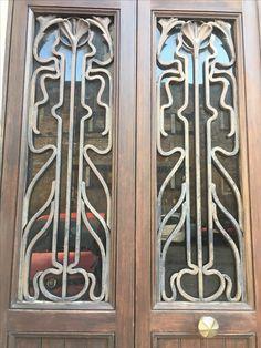 Doorway, Verona
