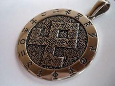 Amulet Odal rune