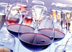 """¡""""Fine Wine Celebration""""! Divinísimo estuvo en este gran evento y revela cuáles fueron sus vinos favoritos: http://www.sal.pr/2015/11/30/fine-wine-celebration/ #PuertoRicoEsRico"""