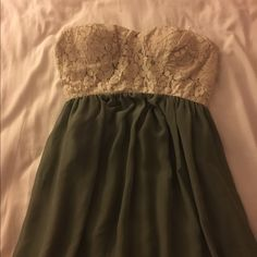 Long prom dress This fabulous dress would be perfect for prom or a formal wedding. This dress has only been worn once and is in perfect condition. This is a size small. Thanks. Trixxi Dresses Prom