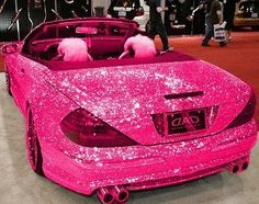 This pink car might be a little too girly, lol Arrrrghhh! This car is super cute and totally girly I'd love to have a car like this, at least noone would ever lose me haha! Pink Love, Pretty In Pink, Pretty Cars, Perfect Pink, Bright Pink, My Dream Car, Dream Cars, Glitter Car, Pink Glitter