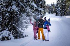 Einen Spaziergang im verschneiten Winter mit der Familie genießen (c) Ikarus #kreischberg Austria, Winter Jackets, Snow, Outdoor, Fashion, Recovery, Winter Coats, Outdoors, Moda
