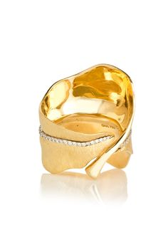 Ole Lynggaard Copenhagen Large Leaf Ring with Diamonds in Yellow Gold LaPrendo