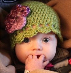 Beautiful Cloche cap with flower for baby/child