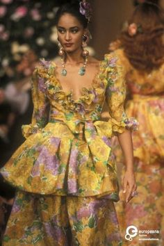 Find out more on Europeana Fashion 2020, Retro Fashion, Runway Fashion, Fashion Models, High Fashion, Vintage Fashion, Womens Fashion, Vintage Ysl, Vintage Couture