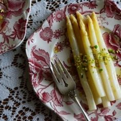 White Asparagus Soup With Pistachios Recipe — Dishmaps