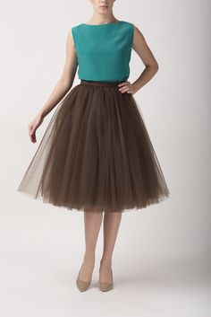 Brown tulle skirt and emerald blouse