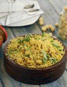 Would you like to know more about indian cooking class? Then you have come to the right place! Veg Recipes, Indian Food Recipes, Vegetarian Recipes, Cooking Recipes, Ethnic Recipes, Chickpea Recipes, Cooking Tips, Chana Recipe, Biryani Recipe