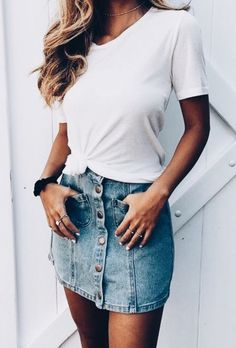 Find More at => http://feedproxy.google.com/~r/amazingoutfits/~3/062XabbRPd4/AmazingOutfits.page #casualskirt