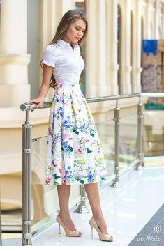 Pink linen skirt, Summer MIDI skirt, long skirt, circle skirt, gypsy s… Midi Skirt Outfit, Dress Skirt, Dress Up, Dress Long, Circle Skirt Outfits, Skirt Outfits Modest, Long Gowns, Modest Skirts, Long Dresses