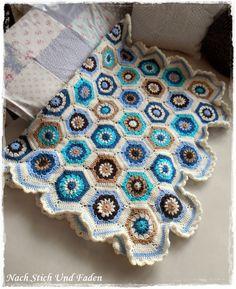 Freebook: Hexagon-Grannydecke