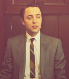 Vincent Kartheiser oh yes, I dream about you! I can't stop thinking about you since I saw you in In Time. Your very beautiful, your my dream. I rooted for you in the movie, guilty is charged:)