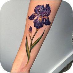 A Beautiful Iris made by @lazerliz #tattoodo