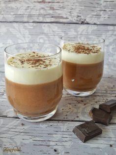 Egyszerű poharas édesség alig néhány hozzávalóból.
