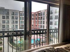Недавно я обзавелась дачей в городе. Читайте про маленькую квартиру в Сан Диего и мои планы...