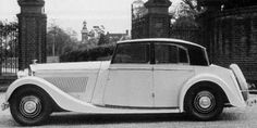 Top-hat Design Saloon by Freestone & Webb (chassis B136HK)