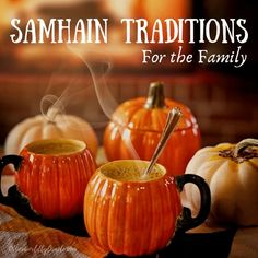 If you're looking to celebrate Samhain with the entire family, here are our favorite 10 pagan family Samhain traditions from dinners to graveyards. Halloween Potions, Samhain Halloween, Halloween Night, Fall Halloween, Halloween Party, Halloween Drinks, Happy Halloween, Samhain Traditions, Halloween Traditions