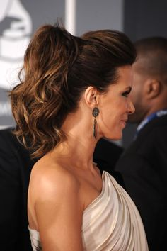 Kate Beckinsale wearing a pony tail.