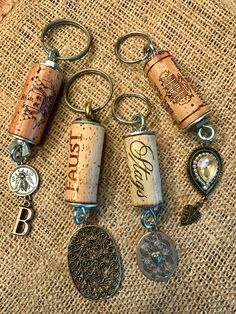 Recycled Cork Key Chains from TheMondayShop.ets… - Diy Jewelry To Sell Wine Cork Jewelry, Wine Cork Art, Wine Craft, Wine Cork Crafts, Diy Jewellery Chain, Wine Cork Ornaments, Wine Cork Projects, Handmade Keychains, Diy Jewelry To Sell