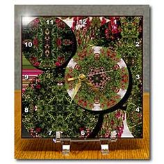 Red and Green Discs with Roses Desk Clock