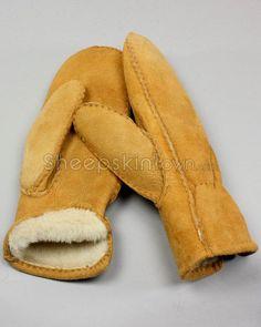 Womens Mittens - Tan Shearling Sheepskin Mitten Gloves, Mittens, Fur Hat World, Sheepskin Gloves, Warm In The Winter, Winter Accessories, Fur Trim, Hand Warmers, Stay Warm