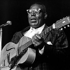 """""""Howlin' Wolf"""" Chester Arthur Burnett influential American delta blues singer, guitarist and harmonica player from Mississippi. His booming voice and looming physical presence, made him a powerful force in the blues Jazz Blues, Blues Music, Back Door Man, John Fogerty, The Yardbirds, Creedence Clearwater Revival, Delta Blues, Blues Artists, Norma Jeane"""