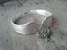 Rannekoru - The Heart. Teaser, Heart, Bracelets, Rings, Silver, Accessories, Jewelry, Jewlery, Jewerly