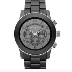 Michael Kors black rubber watch Great condition. Needs a new battery. Great watch! Please ask questions before purchasing. No trades or Paypal. Please check with me regarding size before purchasing. Ian looking for the extra links and not sure I have them Michael Kors Accessories Watches