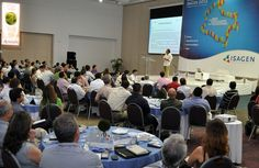 Sin importar el número de participantes, Conexión Cartagena los asiste en la realización de su foro o congreso. Como este de Isagen.