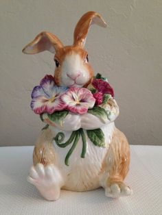 Fitz and Floyd Halcyon Easter Bunny Cookie Jar Glass Cookie Jars, Teapot Cookies, Some Bunny Loves You, Ideas Prácticas, Vintage Cookies, Cookie Crumbs, Cute Cookies, Easter Bunny, Rococo