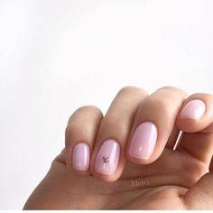 30 ideas which nail polish to choose - My Nails Minimalist Nails, Trendy Nails, Cute Nails, Nagellack Trends, Gel Nail Colors, Short Nails Art, Nail Swag, Pastel Nails, Manicure And Pedicure