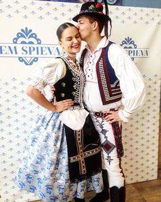 Veľká inšpirácia na začiatok týždňa  tradície láska hrdosť...  #praveslovenske od @dorotabakajs Folk Costume, Costumes, Folk Clothing, European Countries, People Of The World, Ancient Art, Folklore, Character Inspiration, Needlework