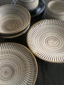 Onta-yaki pottery, Oita, Japan 小鹿田焼