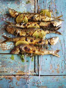 completely in love with david loftus' food photography Food Photography Styling, Food Styling, Pumpkin Recipes For Dogs, Grilled Sardines, Grilled Fish, Barbacoa, Fish Dishes, Fish Recipes, Food Inspiration