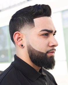 Here's how to add the beard fade to all lengths of facial hair. This cool look works with short and long haircuts as well as short and long beards. Types Of Fade Haircut, Comb Over Haircut, High Fade Haircut, Cool Mens Haircuts, Cool Hairstyles For Men, Hairstyles Haircuts, Short Haircuts, Trendy Haircuts, Quiff Haircut