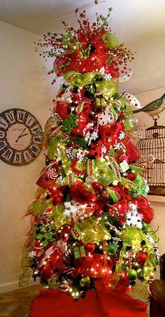 WOW, red and green Christmas tree!
