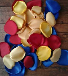 Beauty and beast wedding satin rose petals royal blue Maybe to fill the Thank-You Boxes to the Bridesmaids? Budget Wedding, Wedding Themes, Wedding Tips, Wedding Table, Wedding Planning, Dream Wedding, Summer Wedding, Wedding Colors, Wedding Flowers