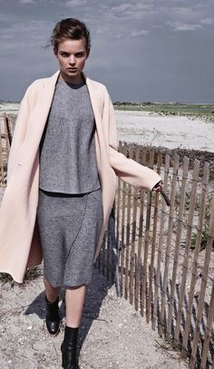 'Softly, Softly' Svea Berlie By Patric Shaw For UK Marie Claire October 2013 [Editorial] - Fashion Copious Moda Fashion, High Fashion, Womens Fashion, Street Mode, Street Style, Mode Style, Style Me, Grey Style, Mode Pastel