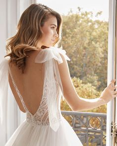 Cinderella Wedding Dress For Aire Barcelona Collection 2020 - Bridal Dresses - Page 28 Princess Style Wedding Dresses, Luxury Wedding Dress, Classic Wedding Dress, Wedding Bridesmaid Dresses, Bridal Dresses, Wedding Gowns, Flower Girl Dresses, Lace Wedding, 10yr Wedding Anniversary