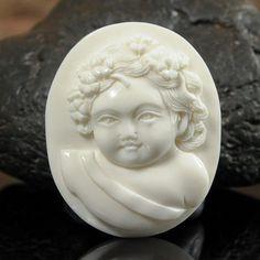 Cameo Putti Angel Cherub Face White Buffalo Bone Art-Carving Hand-carved in Bali