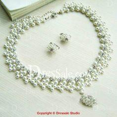 Captivating Bridal Wedding Jewelry Set with Rhinestones and Pearls