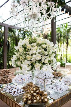 Casamento em Minas Gerais: Flaviana Freitas + Gustavo Gontijo - Constance Zahn | Casamentos