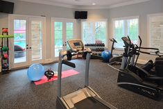 Home Workout Room Design Ideas, Pictures, Remodel and Decor - Grand Fitness Dream Home Gym, Gym Room At Home, Home Gym Decor, Dream Homes, Workout Room Home, Workout Rooms, Home Gym Design, House Design, Traditional House
