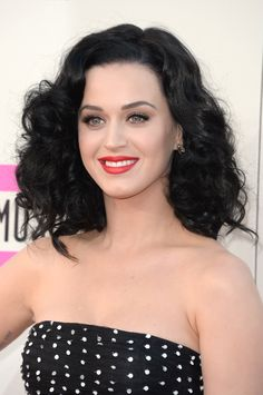 Katy Perry's makeup look at the AMAs