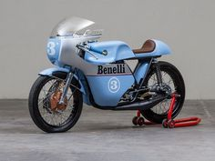 Benelli #CafeRacer tribute to the 1968 Benelli 250cc