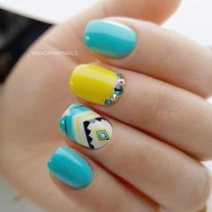 If you are looking for fresh and stylish summer nail designs you have come to the right place! We have a whole lot of exciting ideas to suit all tastes! Diy Nail Designs, Nail Polish Designs, Aztec Nail Designs, Aztec Nails, Cute Summer Nails, Nail Summer, Gel Nagel Design, Nagel Hacks, Nagellack Trends