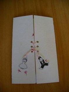 Si quieres una boda realmente divertida, el espíritu de la celebración tiene que estar presente en los pequeños detalles desde el principio. Las tarjetas de invitación no pueden ser la excepción. Este diseño de Detalles JADE puede ser una excelente alternativa para tus invitaciones de bodas.