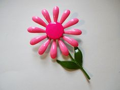Huge Pink Daisy Pin Vintage 1960s Flower Power Hippie Brooch  $20  https://www.rubylane.com/item/676693-J17-46/Huge-Pink-Daisy-Pin-Vintage-1960s?search=1