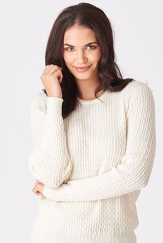 Royal Merino is an iconic Kiwi Brand. Extra fine merino knitwear in beautiful colours. Classic style and quality make for a garment that will last a lifetime. Cable Sweater, Cable Knit, Merino Wool, Classic Style, Knitwear, Golf, Turtle Neck, Technology, Dinner