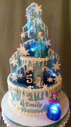 Frozen Birthday Cake, Frozen Cake, Creative Cakes, Amazing Cakes, Snow Globes, Purpose, Curry, Lights, Desserts